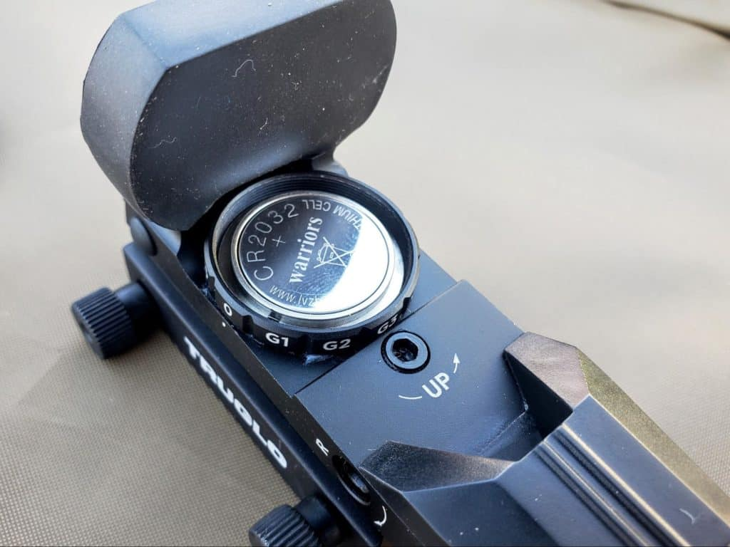 Battery compartment for truglo red dot sight