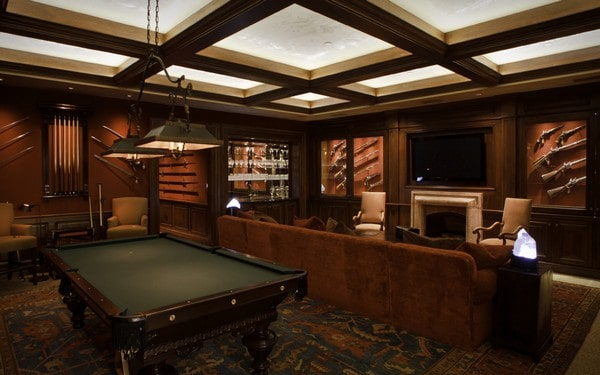 Game Room with guns on the wall
